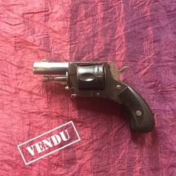 Revolver 320 Noir 5 coups